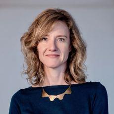Dr. Kirsten Carle ND
